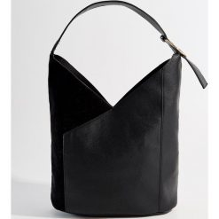 Torba City Bag - Czarny. Czarne torebki klasyczne damskie Mohito. Za 119,99 zł.