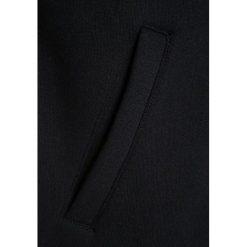 Vans UNIVERSITY II BOYS Kurtka przejściowa blackcement heather. Niebieskie kurtki chłopięce przejściowe marki bonprix, sportowe, z kapturem. W wyprzedaży za 223,20 zł.