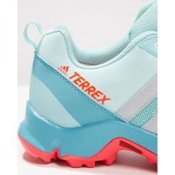 Adidas Performance TERREX AX2R CP Obuwie hikingowe clear aqua/grey two/easy coral. Brązowe buty sportowe chłopięce marki adidas Performance, z gumy. W wyprzedaży za 139,50 zł.