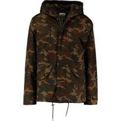 Elvine CORNELL Kurtka zimowa multicoloured. Brązowe kurtki męskie bomber Elvine, na zimę, m, z bawełny. W wyprzedaży za 694,50 zł.