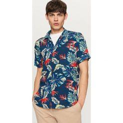 Koszule męskie na spinki: Koszula z roślinnym nadrukiem regular fit – Niebieski