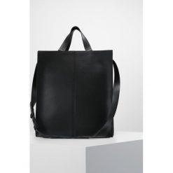 KIOMI Torba na ramię black. Czarne torebki klasyczne damskie KIOMI, na ramię, małe. Za 419,00 zł.