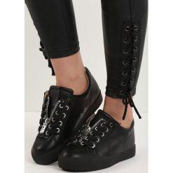 Czarne Buty Sportowe Zip-On. Czarne buty skate męskie marki Pull&Bear. Za 79,99 zł.