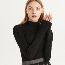 Błyszczący sweter z golfem - Czarny. Czarne golfy damskie Sinsay, l. Za 49,99 zł.