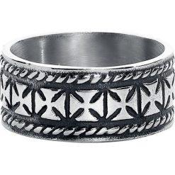 EtNox Iron Crosses Pierścień srebrny. Szare sygnety męskie etNox, srebrne. Za 54,90 zł.