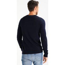 Swetry klasyczne męskie: Abercrombie & Fitch FINE GAUGE Sweter navy