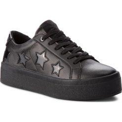 Sneakersy GUESS - FLFHS3 LEA12 BLACK. Czarne sneakersy damskie Guess, ze skóry ekologicznej. Za 489,00 zł.
