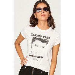 T-shirt Elvis Presley - Biały. Białe t-shirty damskie marki Adidas, m. Za 69,99 zł.