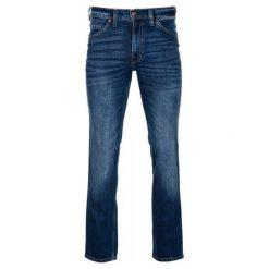 Mustang Jeansy Męskie Tramper 32/34 Niebieski. Czarne jeansy męskie marki Mustang, l, z bawełny, z kapturem. Za 349,00 zł.
