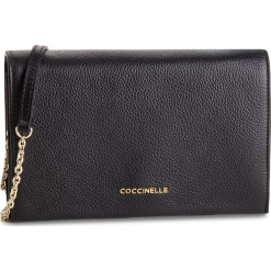 Torebka COCCINELLE - DP5 Kalliope E1 DP5 19 01 01 Noir 001. Czarne torebki klasyczne damskie Coccinelle, ze skóry, bez dodatków. Za 1049,90 zł.