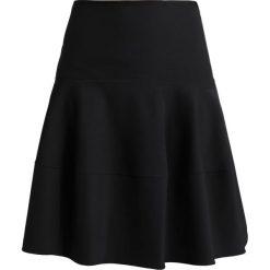 Patrizia Pepe COROLLA Spódnica trapezowa black. Czarne spódniczki trapezowe Patrizia Pepe, z elastanu. W wyprzedaży za 664,30 zł.