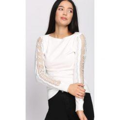 Swetry klasyczne damskie: Biały Sweter Right Love