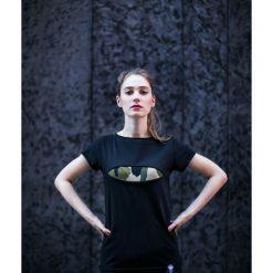 T-shirt #torn camo. Zielone t-shirty damskie N/A, m, z aplikacjami. Za 69,00 zł.