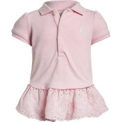 Polo Ralph Lauren EYELET BABY Koszulka polo hint of pink. Niebieskie bluzki dziewczęce marki Adidas, z kontrastowym kołnierzykiem, z krótkim rękawem. Za 189,00 zł.