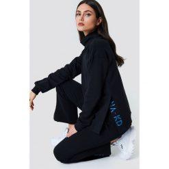 Bluzy damskie: NA-KD Bluza z rozcięciami - Black