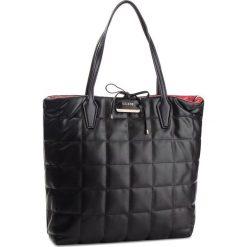 Torebka GUESS - HWBQ64 22250 BRD. Czarne torebki klasyczne damskie Guess, z aplikacjami, ze skóry ekologicznej. Za 679,00 zł.