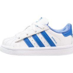Adidas Originals SUPERSTAR Tenisówki i Trampki footwear white/blue/collegiate royal. Białe tenisówki męskie marki adidas Originals, z materiału. Za 279,00 zł.