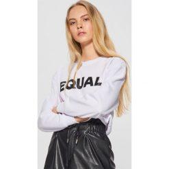 Bluza z kolekcji EQUAL - Biały. Białe bluzy damskie Cropp, l. Za 79,99 zł.