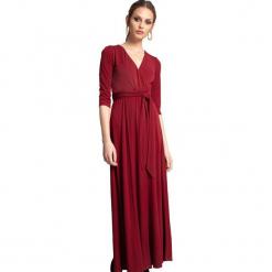 Sukienka w kolorze bordowym. Czerwone długie sukienki marki Almatrichi, s, proste. W wyprzedaży za 239,95 zł.