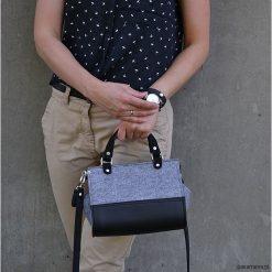 Torebki klasyczne damskie: Filcowa torebka Sophia mini