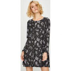 Femi Stories - Sukienka Wintermasa. Czarne długie sukienki marki Femi Stories, na co dzień, m, z dzianiny, casualowe, z okrągłym kołnierzem, z długim rękawem, rozkloszowane. Za 249,90 zł.