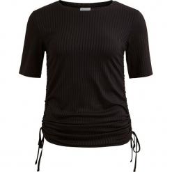 """Koszulka """"Nerala"""" w kolorze czarnym. Czarne t-shirty damskie marki Vila & Co., xs, z dekoltem w łódkę. W wyprzedaży za 43,95 zł."""