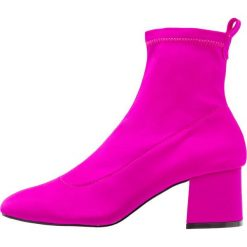 Botki damskie lity: Topshop BUTTERCUP SOCK BOOT Botki pink