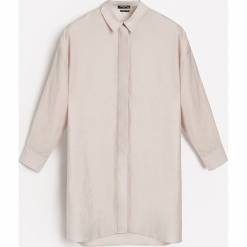 Koszulowa sukienka z lyocellu - Beżowy. Brązowe sukienki z falbanami marki Reserved, z lyocellu, z koszulowym kołnierzykiem, koszulowe. W wyprzedaży za 79,99 zł.