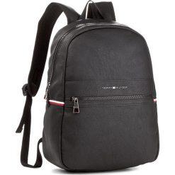 Plecak TOMMY HILFIGER - Essential Backpack AM0AM2640  002. Czarne plecaki męskie marki TOMMY HILFIGER, z bawełny. Za 549,00 zł.