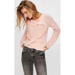 Trussardi Jeans - Sweter. Szare swetry klasyczne damskie Trussardi Jeans, l, z dzianiny, z okrągłym kołnierzem. W wyprzedaży za 399,90 zł.