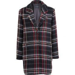 Płaszcz boucle w kratę bonprix czarny w kratę. Czarne płaszcze damskie bonprix, klasyczne. Za 139,99 zł.