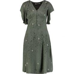 NAF NAF KATIA Sukienka letnia marais. Brązowe sukienki letnie marki NAF NAF, z materiału. Za 439,00 zł.