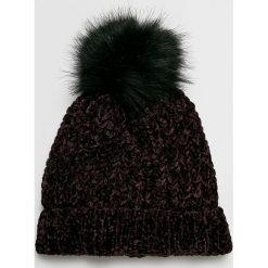 Vero Moda - Czapka. Czarne czapki zimowe damskie marki Vero Moda, na zimę, z dzianiny. W wyprzedaży za 39,90 zł.
