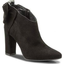 Botki KARINO - 2493/003-P Czarny. Fioletowe buty zimowe damskie marki Karino, ze skóry. W wyprzedaży za 239,00 zł.