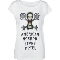 American Horror Story Key Hole Koszulka damska biały. Białe bluzki z odkrytymi ramionami American Horror Story, m, z nadrukiem, casualowe, z dekoltem w łódkę. Za 62,90 zł.