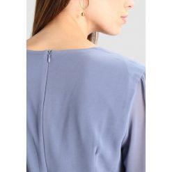 Sukienki hiszpanki: Glamorous Sukienka letnia dusty blue