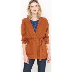 Długi sweter rozpinany, wiązany w pasie. Szare kardigany damskie marki La Redoute Collections, m, z bawełny, z kapturem. Za 189,00 zł.