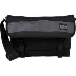 Manhattan Portage HELL'S KITCHEN MESSENGER BAG Torba na ramię black. Czarne torebki klasyczne damskie Manhattan Portage. Za 549,00 zł.