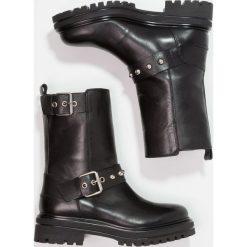 Janet Sport Kowbojki i Buty motocyklowe clash black. Brązowe buty zimowe damskie marki Janet Sport, sportowe. W wyprzedaży za 735,20 zł.