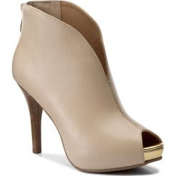 Botki R.POLAŃSKI - 0724 Beż Lico. Czarne buty zimowe damskie marki R.Polański, ze skóry, na obcasie. W wyprzedaży za 199,00 zł.