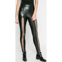 Missguided - Legginsy. Szare legginsy skórzane marki Missguided. W wyprzedaży za 79,90 zł.