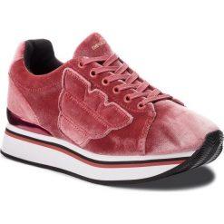 Sneakersy EMPORIO ARMANI - X3X057 XD163 00075 Pink. Szare sneakersy damskie marki Emporio Armani, l, z nadrukiem, z bawełny, z okrągłym kołnierzem. Za 769,00 zł.