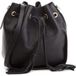 Torebka CREOLE - K10540  Czarny. Czarne torebki worki Creole, ze skóry, zdobione. Za 169,00 zł.
