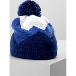 Eisbär STARSKY Czapka marine/blitzblau/white. Niebieskie czapki męskie Eisbär, z materiału. W wyprzedaży za 132,30 zł.