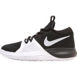 Nike Performance ZOOM ASSERSION Obuwie do koszykówki schwarz. Czarne buty sportowe chłopięce Nike Performance, z materiału. W wyprzedaży za 239,20 zł.