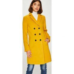 Answear - Płaszcz Falling In Autumn. Pomarańczowe płaszcze damskie marki ANSWEAR, l, z elastanu, klasyczne. W wyprzedaży za 219,90 zł.