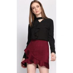 Czarna Koszula Clockwise. Czarne koszule damskie Born2be, z tkaniny, eleganckie, z okrągłym kołnierzem, z długim rękawem. Za 59,99 zł.