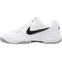 Nike Performance COURT LITE Obuwie multicourt white/black/medium grey. Białe buty sportowe męskie Nike Performance, z gumy, outdoorowe. Za 229,00 zł.
