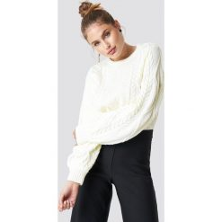 Trendyol Sweter ze splotem - White,Offwhite. Szare swetry klasyczne damskie marki Vila, l, z bawełny, z okrągłym kołnierzem. Za 121,95 zł.
