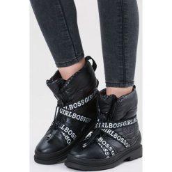 Czarne Śniegowce Winterweight. Czarne buty zimowe damskie other, z materiału, z okrągłym noskiem, na obcasie. Za 139,99 zł.